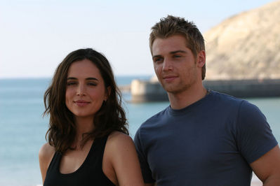 "Eliza Dushku as ""Erica"" and Mark Vogel as ""Jason"""